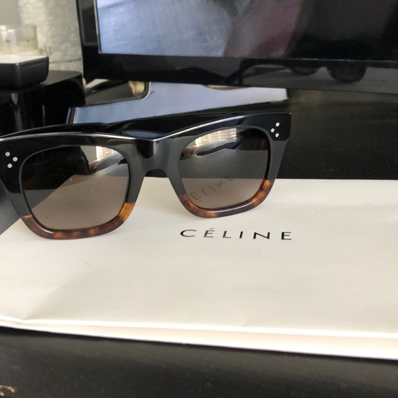 6f6bf36fe8 Celine Accessories - Celine Catherine 41089 FU5 Black Havana Tortoise